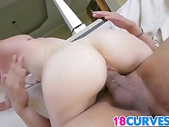 Tow-haired PAWG Miley May Gets Pounded