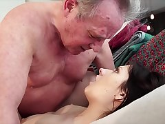 Old challenge Warm-up my young pussy and cums in my mouth I swallow hose down