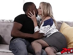 Lord it over Mummy Julia Ann gets fucked hard unconnected with big black flannel