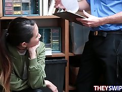 Filching Hotty Jade Noir Receives Banged
