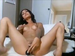 Hot brunette with sexy ass bringing off with dildo on webcam - xhotpornx.com